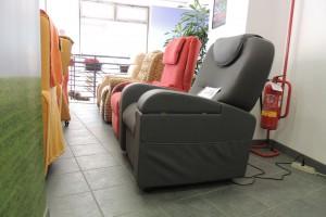 Esposizione-poltrone-relax-nella-rinnovata-e-ampliata-sede-di-Corso-Vercelli-a-Torino-04