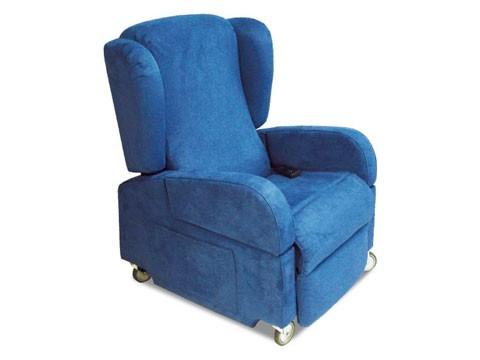 Poltrona reclinabile per disabili e anziani con ruote