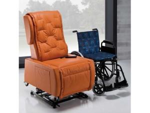 poltrona disabili senza braccioli per spostamento su carrozzina