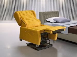 poltrona disabili senza braccioli per spostamento su letto