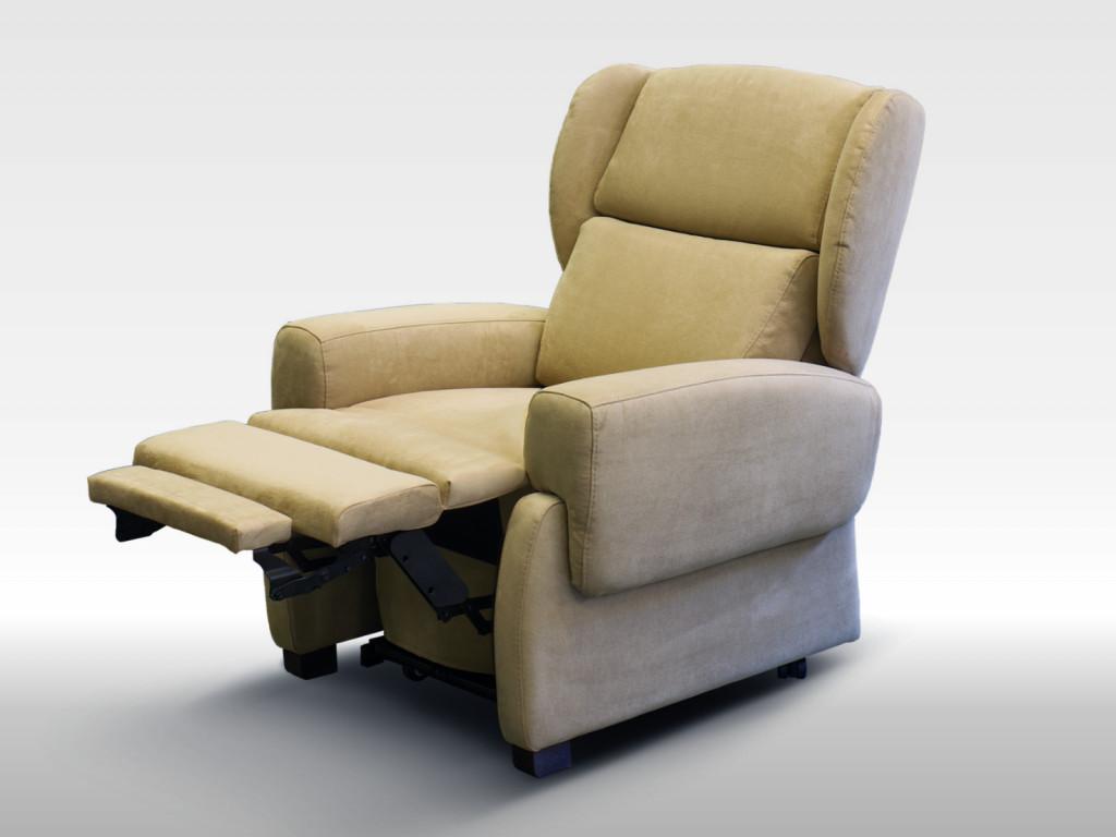 poltrona per anziani comoda posizione tv