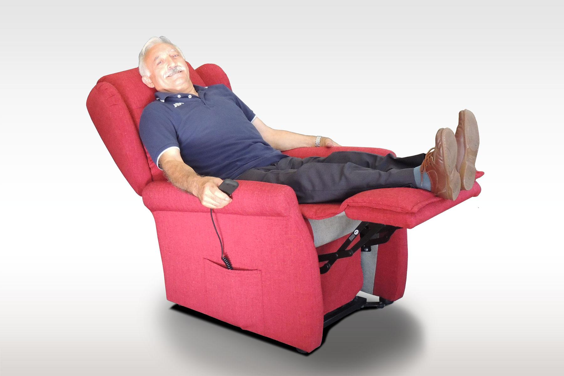 Il Benessere Poltrone Relax.Poltrona Relax 3 Motori Per Anziani E Benessere Totale