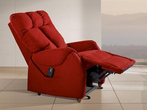 poltrona relax anziani ades rossa con poggiapiedi sollevato e schienale reclinato