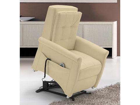 poltrona relax massaggiante shiatsu bianca in posizione alzapersona