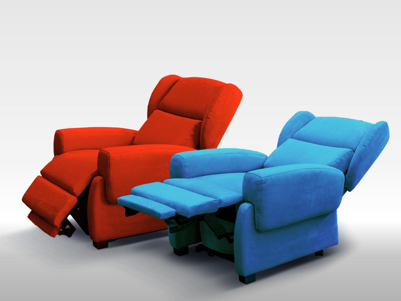Poltrone per anziani comode in posizioni relax e letto poltrone