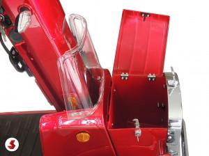 il cassetto portaoggetti dello scooter anziani