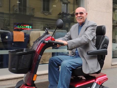 scooter per mobilita di anziani disabili ad alte prestazioni e con grande autonomia