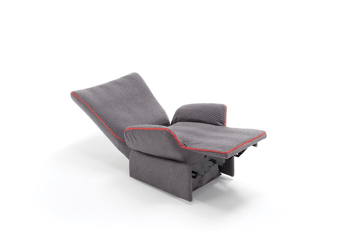 Poltrona con braccioli regolabili - Poltrone relax design ...