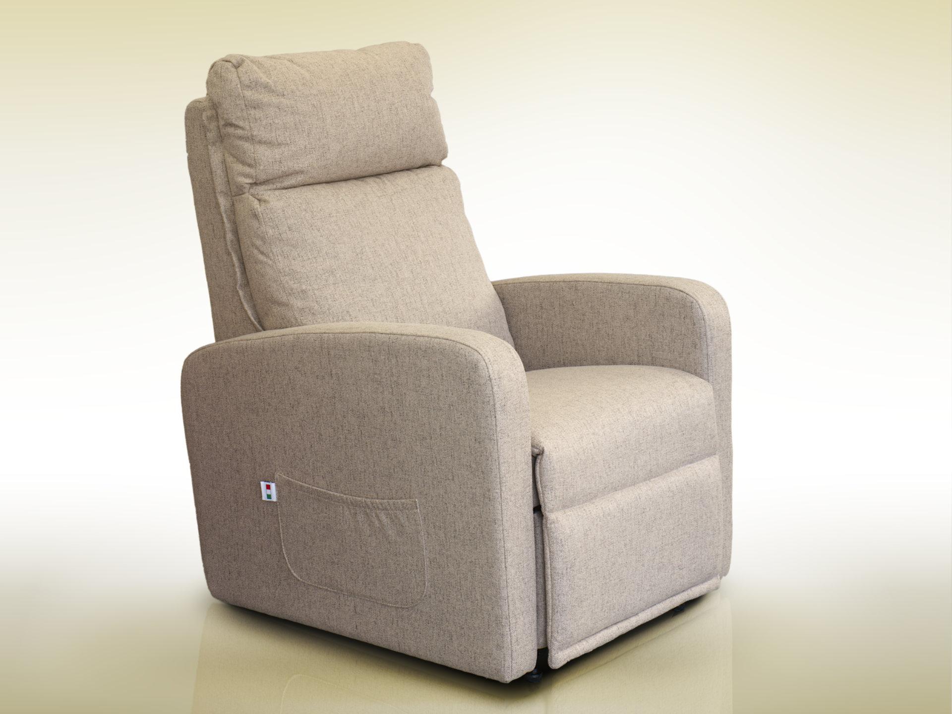 Poltrona per anziani reclinabile italiana