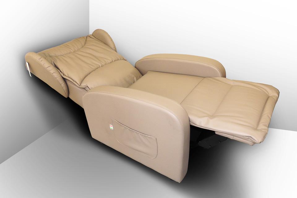 Poltrona con massaggio shiatsu prezzi sanatex - Poltrone relax design ...