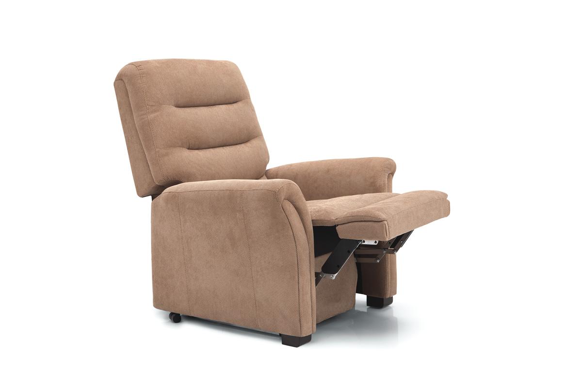 Poltrone relax torino pediera estesa poltrone relax e for Poltrone da tv