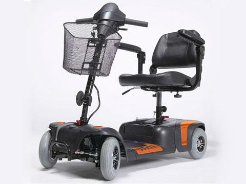 scooter elettrico anziani disabili uso cittadino GIOIA